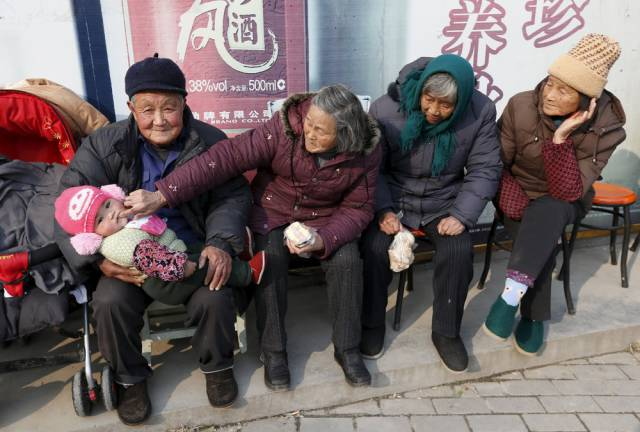 Pics That Show Some Candid Pics of Daily Life in China