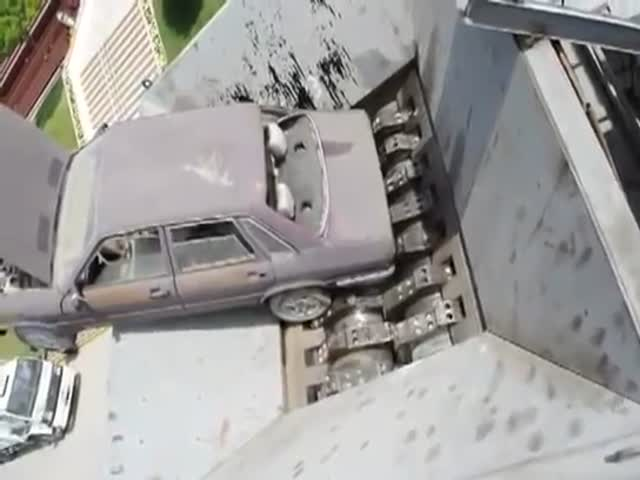 This Car Crusher Gives The Car a Slow And Painful Death