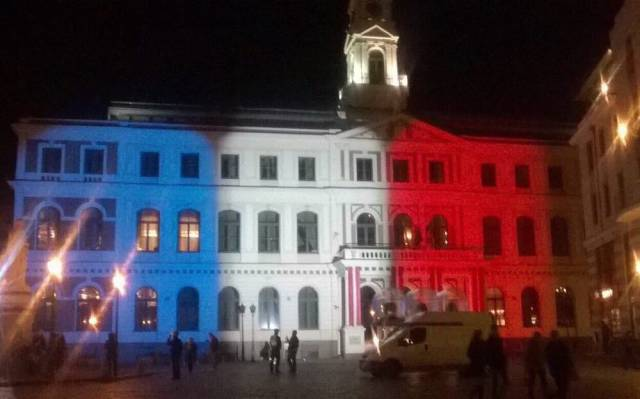 World Landmarks Light Up in Red, White and Blue in Support of France