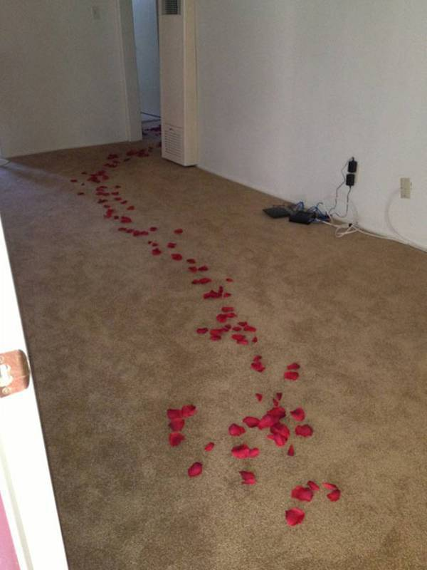 This Repairman Received a Very Sweet Surprise on a Routine Housecall