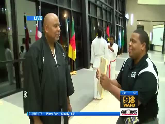 Reporter Gets a Hands-on Kung Fu Demonstration That Looks Pretty Painful