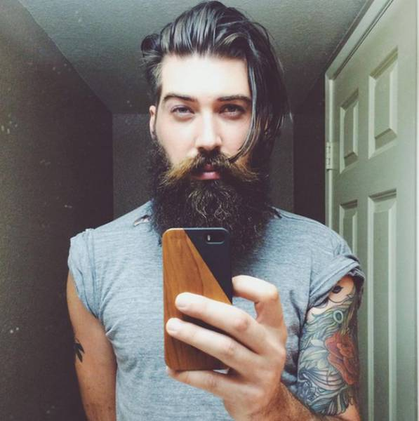 """The Real Life Hunk Who Voiced the Cartoon Character Arnold in """"Hey Arnold"""""""