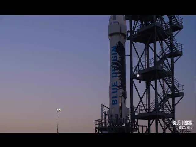 Rocket Travels 100 kms into the Air and Lands Safely Back at Base in West Texas