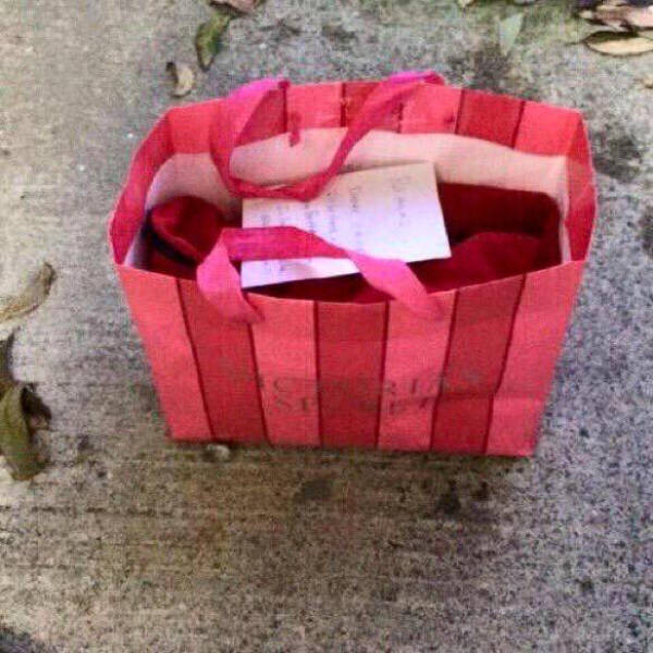 Man Gives His Girlfriend the Most Geeky Birthday Gift Ever