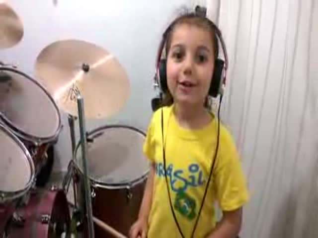 "This Sweet Girl Demonstrates Her Insane Drumming Skills with Her Own Rendition of ""Toxicity"""