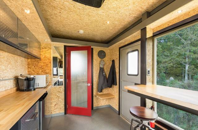 This Mobile Home Is Every Man's Dream Hideout