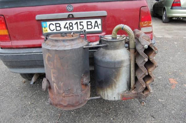 Ukraine Drivers Are Going Back to Basics and Using Wood to Power Their Cars