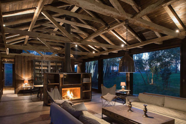Stunning Interiors and Exteriors of Houses You Will Simply Die to Own