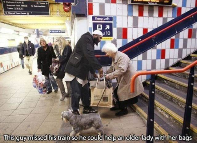 The Most Touching Stories of 2015 That Will Make You Smile