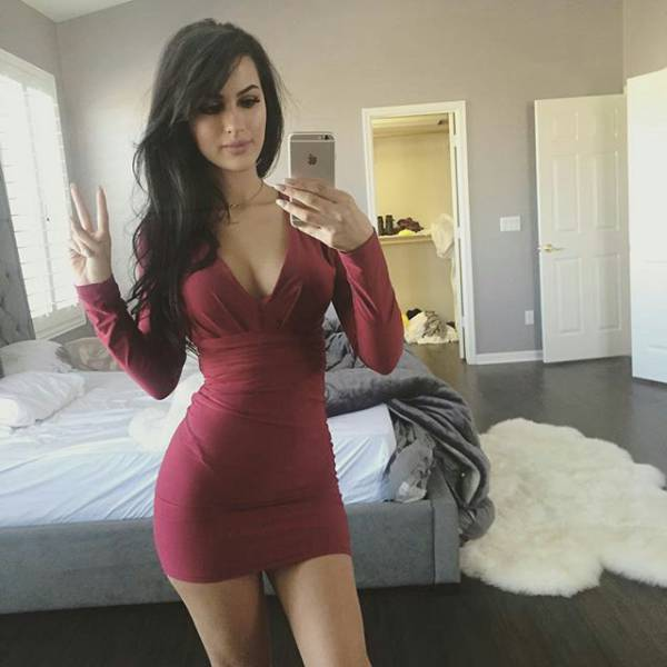 Give A Girl A Tight Dress And Bam Its Hotness Overload 51 Pics - Picture 24 -7060