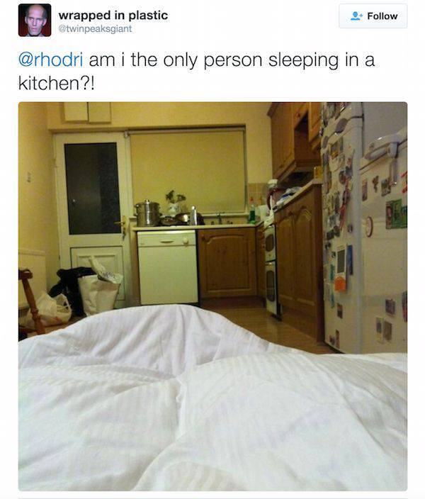 People Who Went Home for Christmas and Ended Up Sleeping in Their Childhood Beds