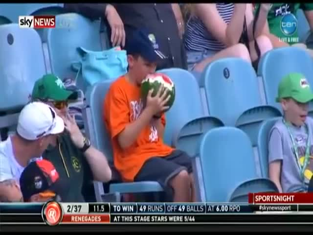 Young Cricket Fan Doesn't Have a Problem Eating an Entire Watermelon in One Sitting