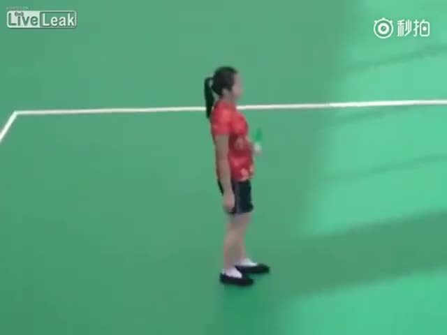This Girl Has Some Impressive Skills with a Shuttlecock
