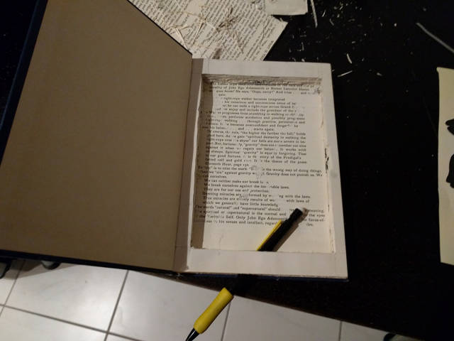 Dude Comes Up with An Ingenious Way to Turn An Old Book into an Awesome Kindle Cover