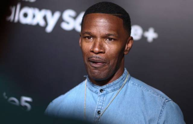 Jamie Foxx Rescues a Man from Near Death