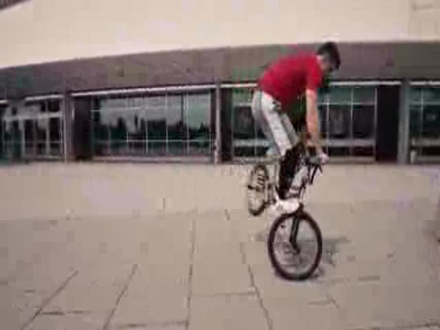 Tim Knoll Shows Some Incredible BMX Skills