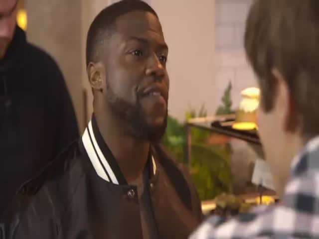 American Comedian Kevin Hart Learns Peculiarities of Swedish Culture