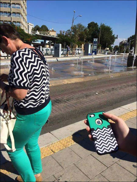 Times When People Matched Their Surroundings Perfectly