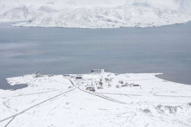 A Fascinating Perspective of What Life Looks Like at the Northernmost Edge of the Earth