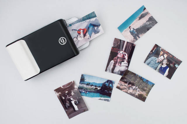 Case Phone That Prints Your Photos Instantly