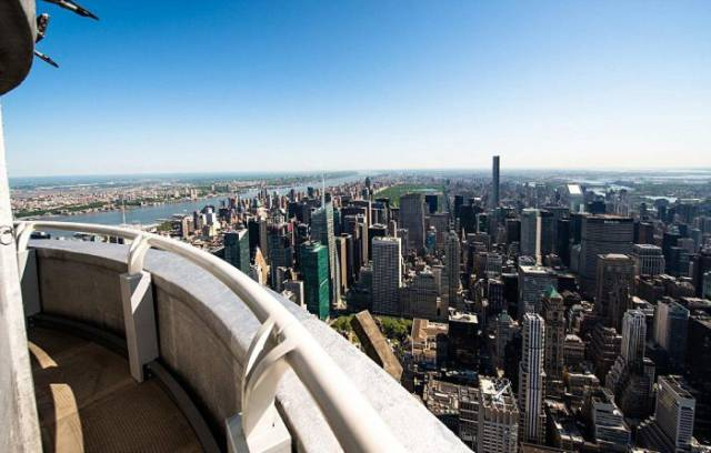 Secret Balcony of the Empire State Building Available Only For Celebs