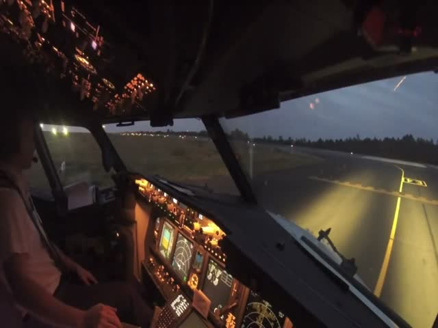 Smooth Boeing Takeoff