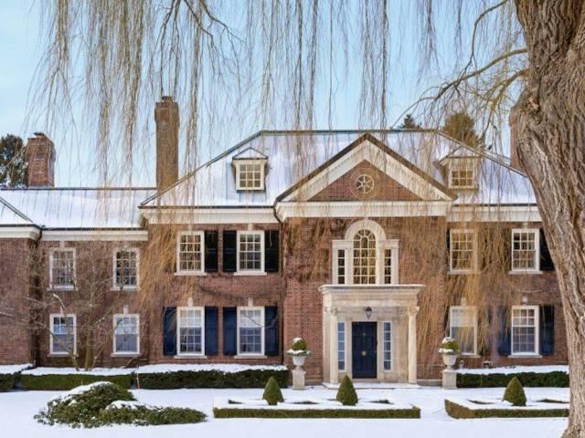 Huge Mansion Of A White Collar Criminal Is On The Market