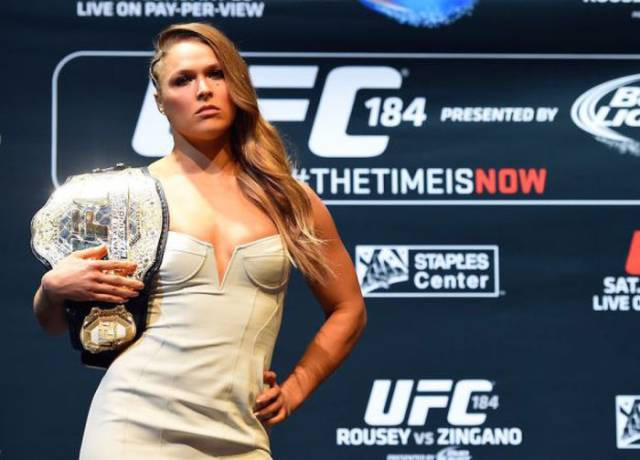 Sexy MMA Fighter Ronda Rousey On Sports Illustrated Cover In Body Paint