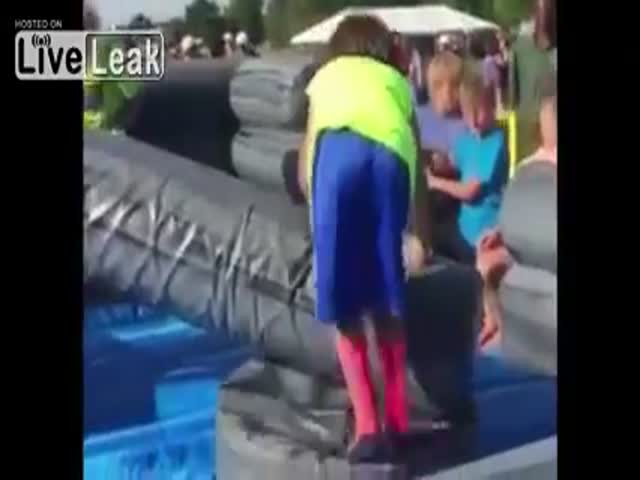 Kid Tries His Best But Fails Hard At An Obstacle Course
