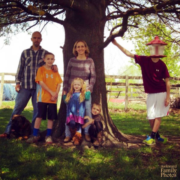 Crazy Family Photos That Will Make You Appreciate Your Family
