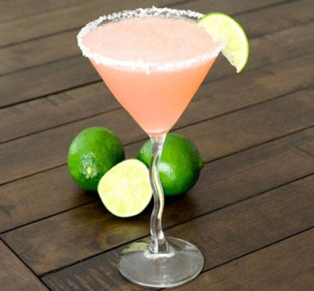 Sweet Margarita Recipes That Will Come In Handy At A Party