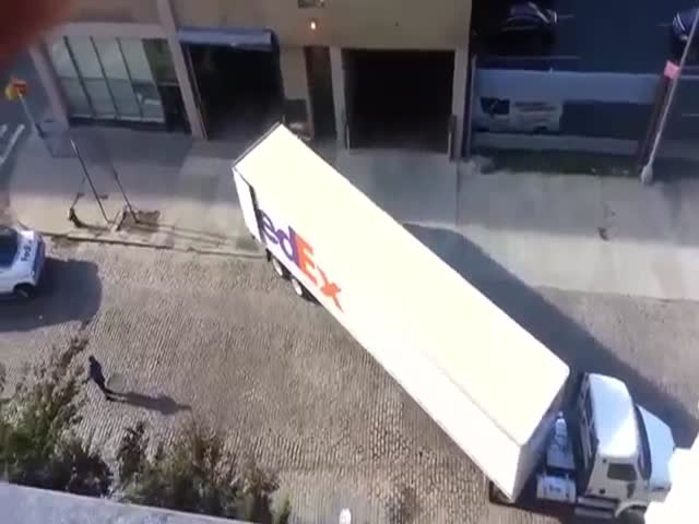 What It Looks Like When A Pro Parks A Truck
