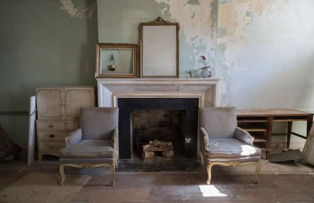 Abandoned Gorgeous House From The 1930s