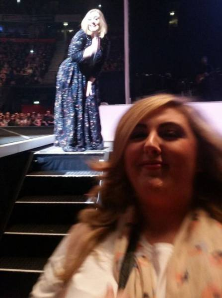 Adele's Fan Gets Photobombed By Adele Herself