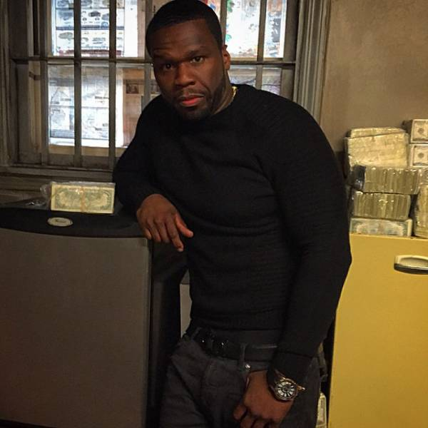 Rapper 50 Cent Shares Pics Of Him And Pile Of Cash In Instagram, The Us Authorities Question His Bankruptcy