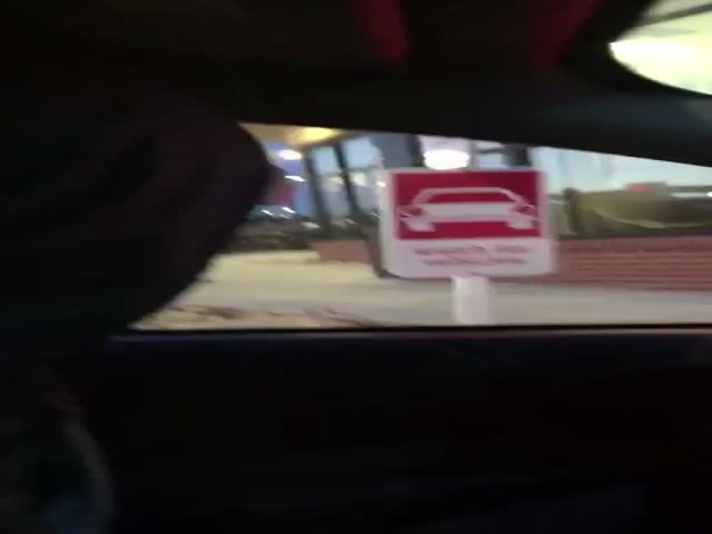 Chick-Fil-A Mascot Entertains Drive-In Drivers While They Waiting In Line