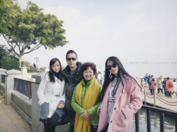 Unbelievable But True: A Chinese Family That Doesn't Age