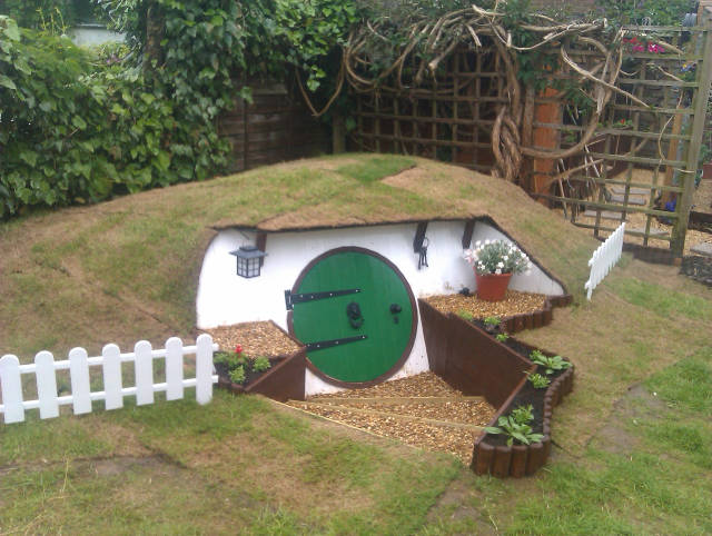 Building A Hobbit House In The Backyard