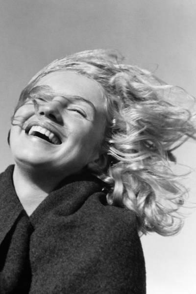 This Is What Marilyn Monroe Looked When She Was 20