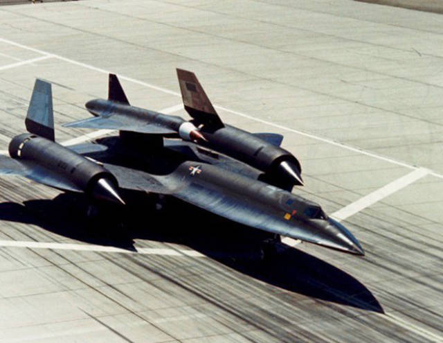 What Was On The Back Of Sr-71 Blackbird?