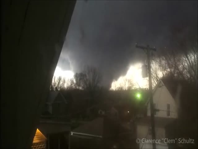 OMG! Man Filming A Scary Tornado Ripping Through His House
