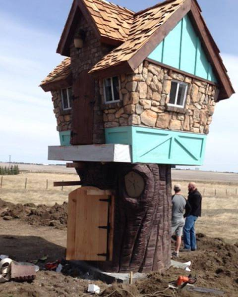 Man Makes Incredibly Looking Play Houses