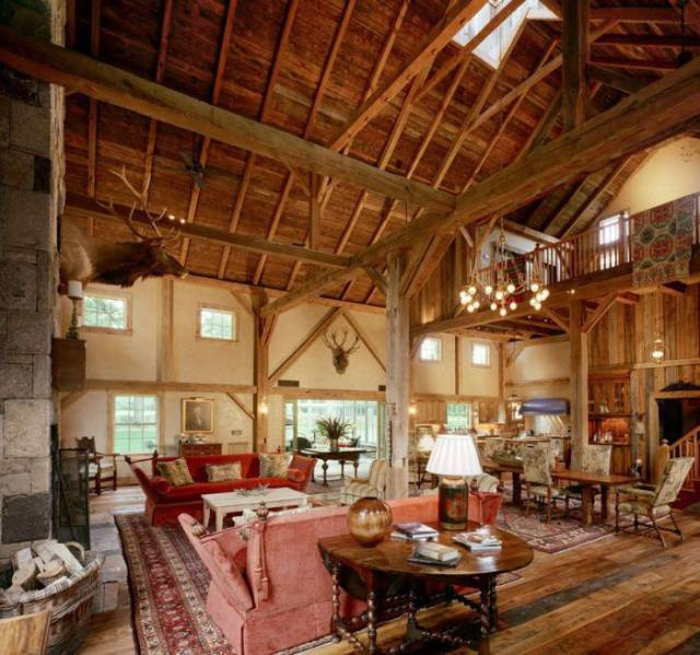 19th Century Barn Transformed Into A Beautiful House