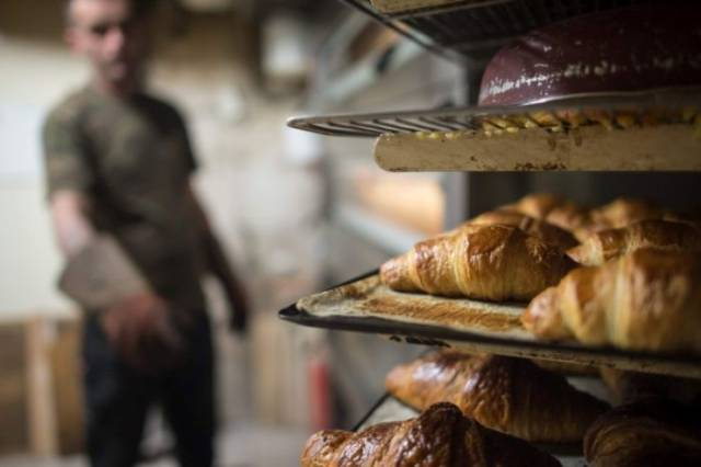 French Bakery Owner Gives His Business To A Homeless Man