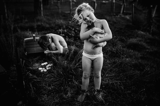 Mom Photographs The Technology-Free Life Of Her Children
