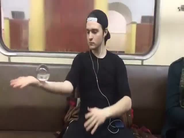 Master Of Glass Balls Showing Tricks On The Subway In Moscow