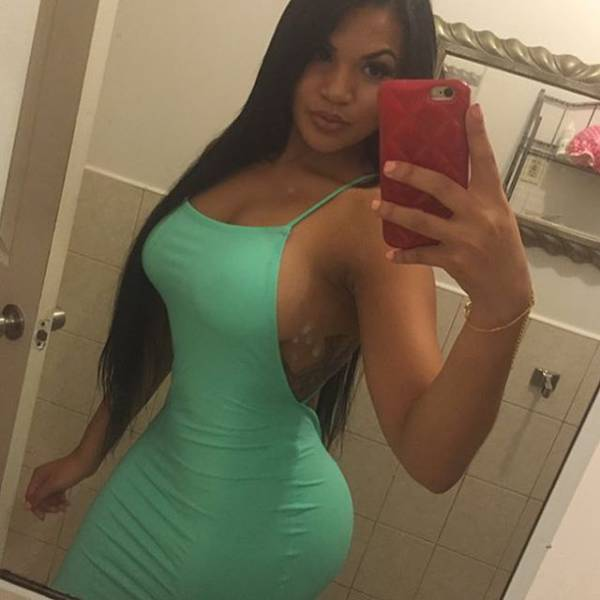 These Hot Curvy Girls Look Delicious