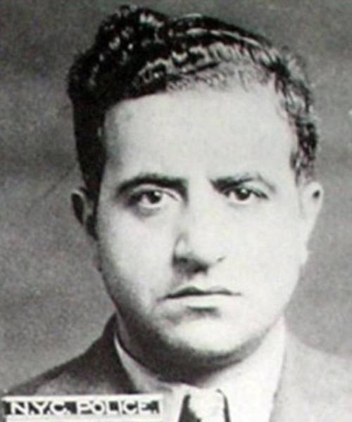 Mansion Of The Most Ruthless And Feared Cosa Nostra Mobsters In US History Is On Sale