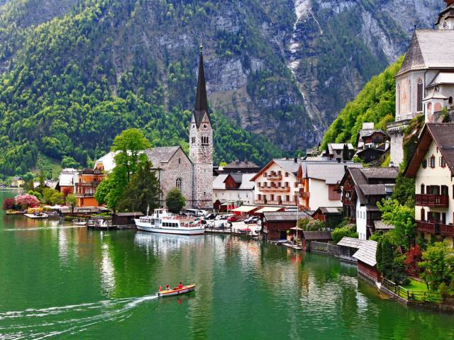 Beautiful Small Villages Around The World That Are Definitely Worth Visiting