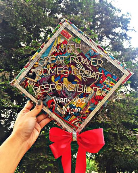 Students Get Really Creative When It Comes To Decorate Their Graduation Caps